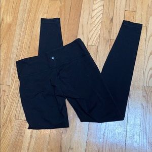 NWOT LULULEMON black leggings size 8
